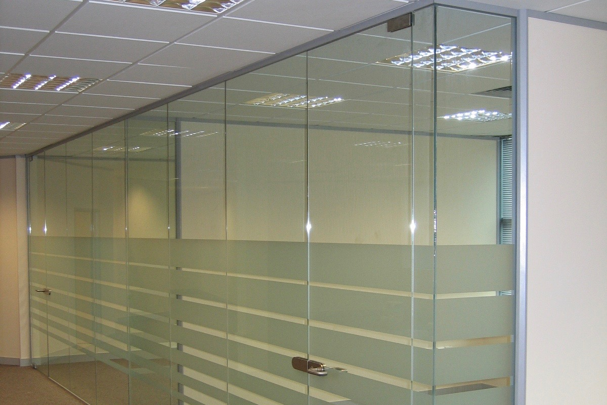 Nash Glass Single glazed partition